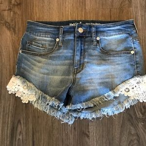 Jean Shorts with Lace Appliqué Detail